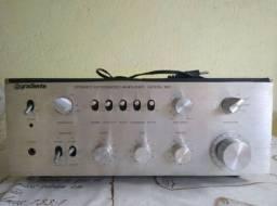 Amplificador gradiente 900w por 650 reias