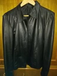 Jaqueta em couro com ziper tamanho G