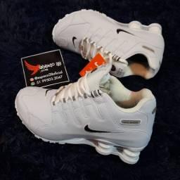 Título do anúncio: Tênis Nike shox nz branco o mais top promoção