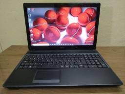 Notebook ACER i3, 4GB memória, 500GB HD. Ótimo p/estudo ou trabalho