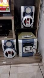 Aparelho de som Toshiba com controle
