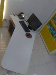 Mesa de escritório madeira 1 gaveta