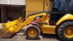 Retroescavadeira CAT 416E