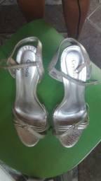 Sandália salto fino prata