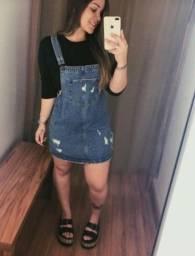 moda jeans Macaquito e jardineira