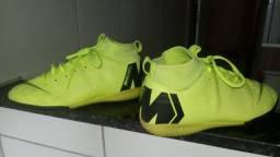 Chuteira Infantil Nike Mercurial.