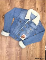 Jaqueta jeans com pelinhos. P M G. R$ 149,00 cada.