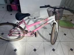 Bicicleta pouco usada