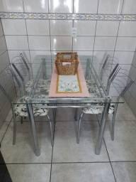 Mesa Vidro com 4 cadeiras