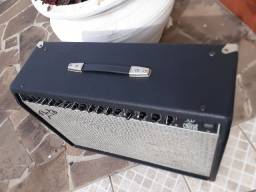 "Amp.Fender(México)2x12"" mod.Ultimate Chorus,parcelo ML/cartões faço brik"