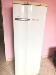 Geladeira Electrolux RDE 30 262L