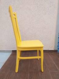 6 cadeiras de madeira seminovas!!!
