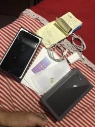 Vendo iPhone 8 Plus 64gb caixa,nota fiscal,fone,carregando,chave