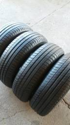 Pneus 195/65/15 semi novos Michelin