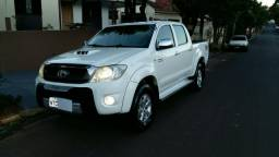 Hilux srv aut - 2011