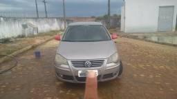 VW Polo sedan Comfortline 1.6 - 2012