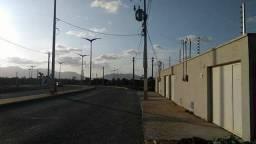 Lotes em Maracanaú, prontos para construir !!--