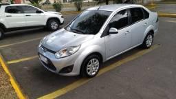 """Ford Fiesta """"novíssimo""""!"""