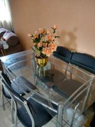 Mesa em vidro 5 cadeiras