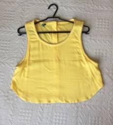 Cropped amarelo soltinho