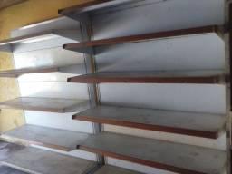 VENDO ESSAS 2 GONDULAS 1.30cm por 1.80cm cada