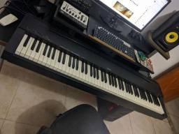 Piano digital Yamaha p70 tudo funcionando perfeitamente