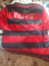 Camisa do flamengo autografada com jogadores do flamengo 18/19