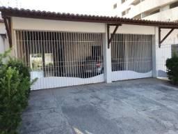 Casa em Lagoa Nova para Locação - 286m² 4Dormitorios - Oportunidade!