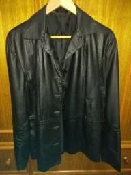 Jaqueta blazer em couro com botão  tamanho G