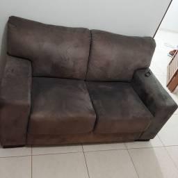 Sofá bem conservado 300