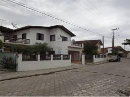 Sobrado para Venda em Balneário Barra do Sul, Centro, 4 dormitórios, 3 suítes, 4 banheiros