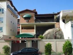 VENDA - Casa com 4 dormitórios. Itaipu - Niterói/RJ