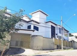 Casa na Rua Santo Agostinho, Bairro Vila Mariana - Gov. Valadares!