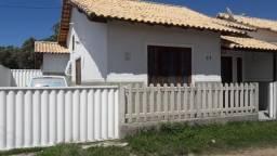 Alugo casa 3 quartos em Araruama