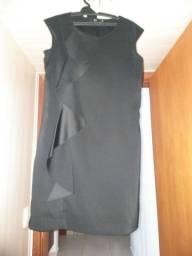 Vestido Tubinho Preto com Babado