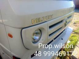 Caminhão 8-150 Delivery Plus