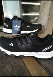 Tênis Adidas kanadia e Adidas neo