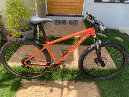 Bicicleta Specialized Rockhopper Sport 2021