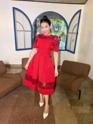 Vestido Crepe Alfaiataria com Renda - Vermelho