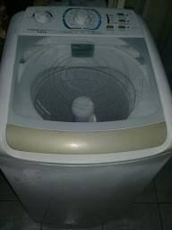 Vendo uma máquina de lavar Electrolux 8kg