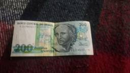 Pra colecionador. Nota de duzentos cruzeiros (antiga) por 55 reais.