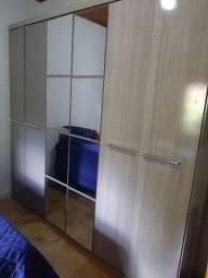 Guarda roupa casal 6 portas