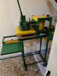Máquina pra fazer chinelos