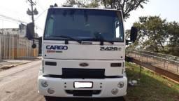 Ford cargo - truck caçamba