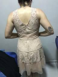 Vestido de renda festa