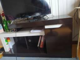 Escrivaninha e Rack