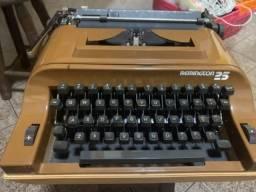 Máquina de escrever Remington!