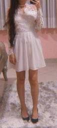 Vestido bordado branco