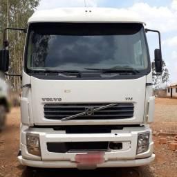 Caminhão Volvo VM 310 Cavalo mecânico