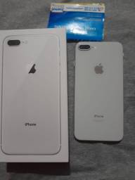 iPhone 8 Plus 128 GB prateado